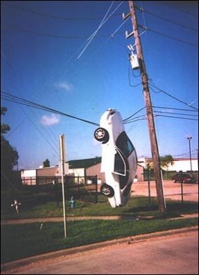 Tempat Parkir Mobil Listrik